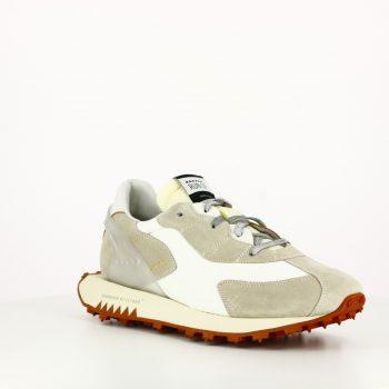 Sneakers Run Of White